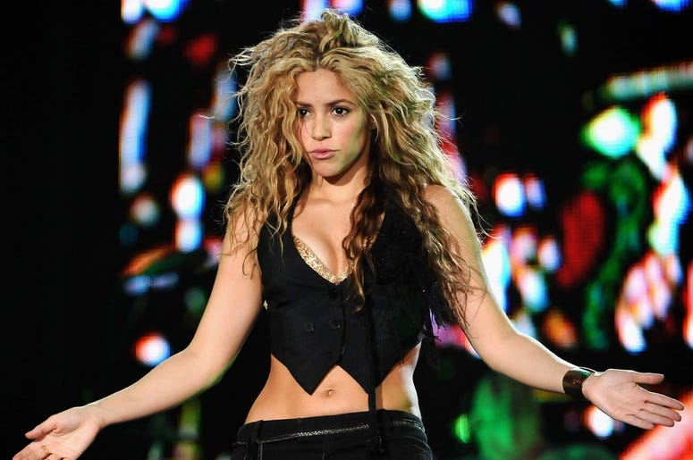 MADRID, SPAIN - JULY 04: Shakira performs on stage at Rock in Rio Day 3 on July 04, 2008 in Arganda del Rey in Madrid, Spain. (Photo by Carlos Alvarez/Getty Images)