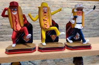 Cleveland Indians Hot Dog Derby bobbleheads