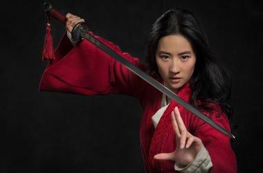 Disney's MULAN..Mulan (Yifei Liu)..Photo: Stephen Tilley..© 2018 Disney Enterprises, Inc. All Rights Reserved.