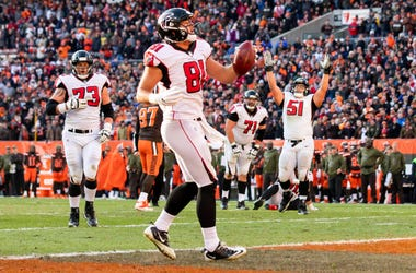 Nov 11, 2018; Cleveland, OH, USA; Atlanta Falcons tight end Austin Hooper (81) celebrates his touchdown against the Cleveland Browns during the fourth quarter at FirstEnergy Stadium. Mandatory Credit: Scott R. Galvin-USA TODAY Sports