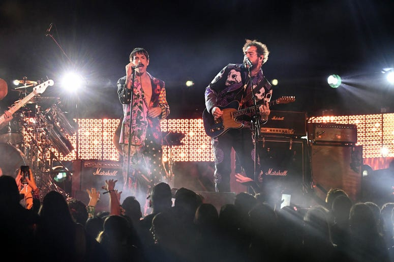 February 10, 2019; Los Angeles, CA, USA; Anthony Kiedis (L) of The Red Hot Chili Peppers and Post Malone (R) perform during the 61st Annual GRAMMY Awards on Feb. 10, 2019 at STAPLES Center in Los Angeles, Calif. Mandatory Credit: Robert Hanashiro-USA TODA