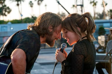 """(L-R) BRADLEY COOPER as Jack and LADY GAGA as Ally in the drama """"A STAR IS BORN,"""" from Warner Bros. Pictures, in association with Live Nation Productions and Metro Goldwyn Mayer Pictures, a Warner Bros. Pictures release."""