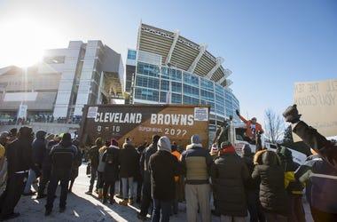 Browns 0-16 parade