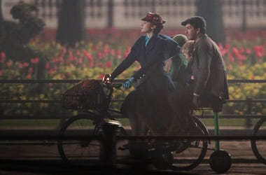 April: Emily Blunt and Lin-Manuel Miranda take part in filming of a scene from the movie sequel Mary Poppins Returns in front of Buckingham Palace, central London. (Photo by PA Images/Sipa USA)