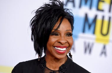 """FILE - In this Oct. 9, 2018 file photo, Gladys Knight arrives at the American Music Awards at the Microsoft Theater in Los Angeles. The seven-time Grammy Award-winner will sing """"The Star-Spangled Banner"""" at this year's Super Bowl, Sunday, Feb. 3, 2019. Kn"""