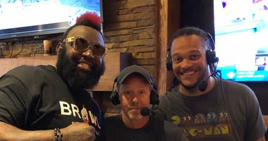 Dada 5000 with Hoch and Crowder