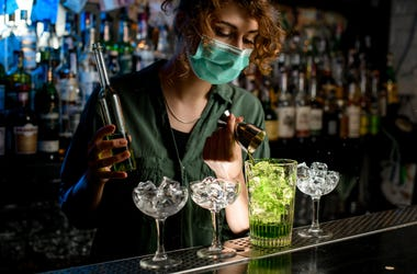 bartender with medical mask