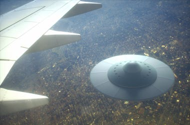 UFO by airplane