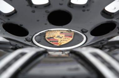 Porsche Hubcap