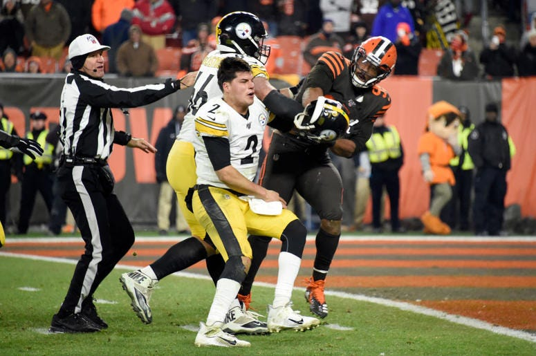 Thursday Night Football Ends With Brawl Video Fm 101 9