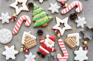 Christmas-Cookies-GettyImages-1061610664.jpg