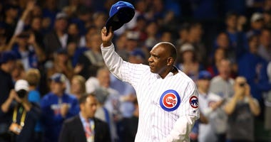 Hall of Fame outfielder Andre Dawson waves to the Wrigley Field crowd before the Cubs played the Dodgers in the National League Championship Series in 2016.