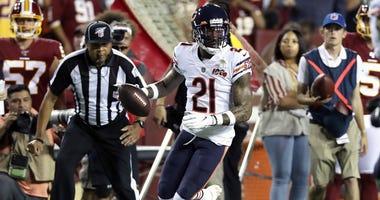 Bears safety Ha Ha Clinton-Dix returns an interception for a touchdown against the Redskins.