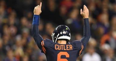 Bears quarterback Jay Cutler in 2016