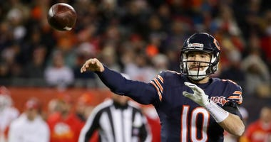 Bears quarterback Mitchell Trubisky attempts a pass against the Chiefs.