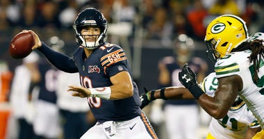 Bears quarterback Mitchell Trubisky (10) looks to make a throw.