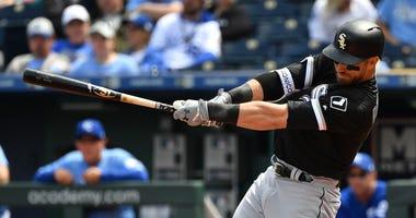 White Sox outfielder Nicky Delmonico