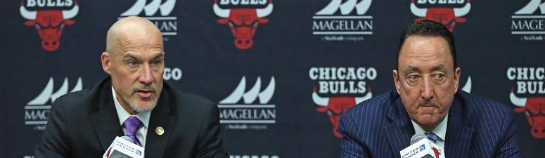 Bulls executives John Paxson, left, and Gar Forman