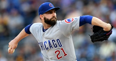 Cubs reliever Tyler Chatwood