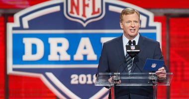 Commissioner Roger Goodell at the NFL Draft in 2018