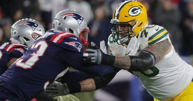 Jason Spriggs, right, with the Packers