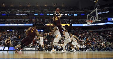 Loyola guard Clayton Custer hits the game-winner against Tennessee