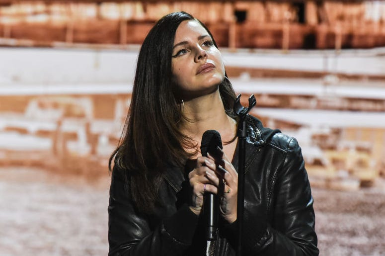 The singer Lana Del Rey performs during an Apple launch event at the Brooklyn Academy of Music on October 30, 2018 in the Brooklyn borough of New York City. Apple debuted a new MacBook Pro, Mac Mini and iPad Pro