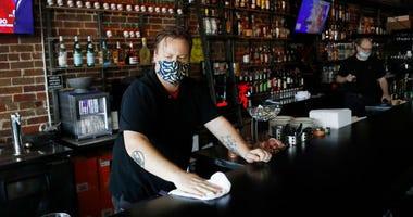 Floridasuspendedthe consumption ofalcoholatbars in late June, but not restaurants, amid a surge in the positive coronavirus cases according to a tweet by Halsey Beshears, thesecretaryof the stateDepartmentofBusinessandProfessional Regulation.