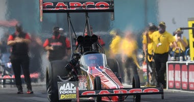 Two-time defending Top Fuel champion Steve Torrence took the points lead Sunday in the AMALIE Motor Oil Gatornationals, beating his father, Billy Torrence, in the final round at Gainesville Raceway.