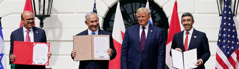 Trump presides as Israel, 2 Arab states sign historic pacts