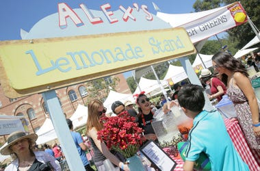 LOS ANGELES, CA - SEPTEMBER 08: Alex's Lemonade Stand at 2018 LA Loves Alex's Lemonade at UCLA Royce Quad on September 8, 2018 in Los Angeles, California.