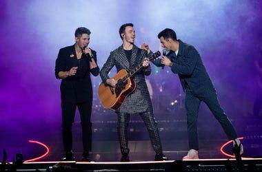 Jonas Brothers_Emma McIntyre_Getty Images_4.jpg