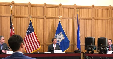(L-R) CT COO Josh Geballe, Gov. Ned Lamont (D/CT) and Hartford Healthcare CEO Jeffrey Flaks, 3/27/20