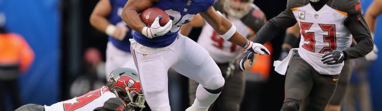 Barkley Scores 3 TDs, Manning Throws 2, Giants Win Again