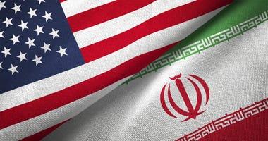 Iran-US-flag-GettyImages-1089424782.jpg