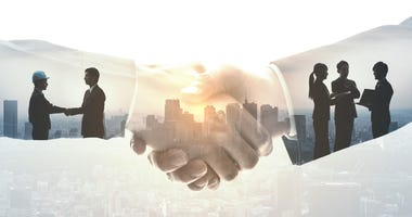 business-partnership-GettyImages-1127448343.jpg