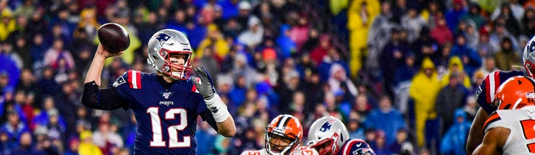 Belichick Wins 300th, Perfect Patriots Beat Browns 27-13