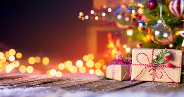 holidays-GettyImages-1182939977.jpg