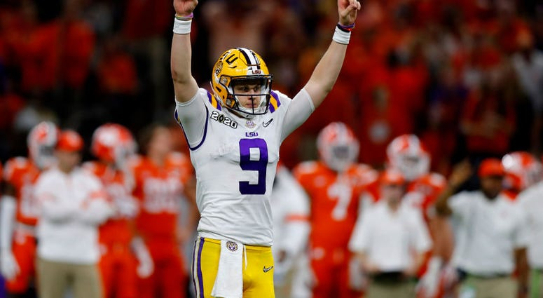 Joe-Burrow-LSU-GettyImages-1199365037.jpg