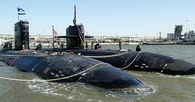 submarine-GettyImages-1947278.jpg