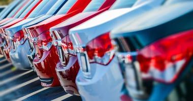 car-dealership-GettyImages-500260065.jpg