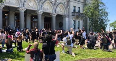 CCSU Students Protest Against Racially Motivated Police Violence, CT State Capitol, 6/4/20