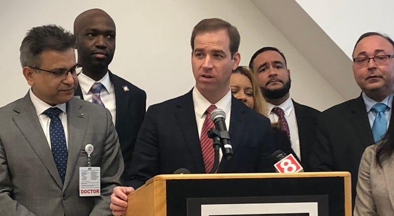 Hartford Mayor Luke Bronin briefs the public on city preparation for Coronavirus, 3/6/20