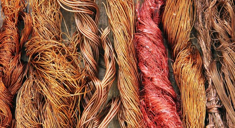 copper-wire-dreamstime_s_63116066.jpg