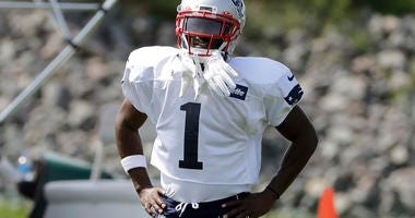 AP Sources: Antonio Brown Eligible To Play For Patriots