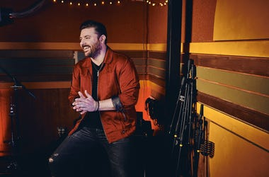 ChrisYoung_creditMatthewBerinato1375R copy.jpg