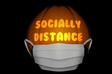 SOCIAL DISTANCE HALLOWEEN