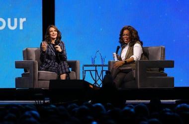 Tina-Fey-Oprah-GettyImages-1193157599.jpg