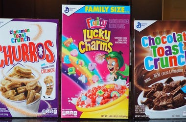 Cinnamon Toast Crunch Churros, Fruity Lucky Charms & Chocolate Toast Crunch