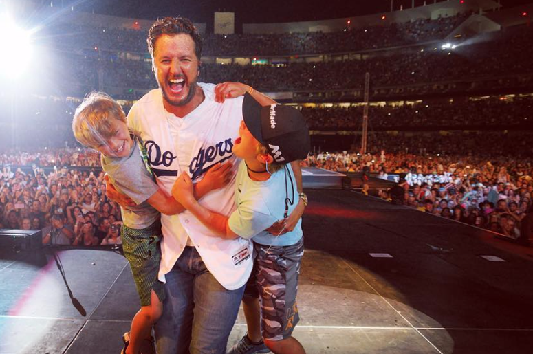 Luke Bryan & his sons Bo & Tate